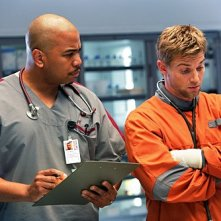 Mike Vogel ed Omar Gooding nel pilot di Miami Medical
