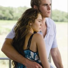 Liam Hemsworth e Miley Cyrus insieme nel film The Last Song