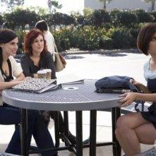 90210: Jessica Stroup, Rumer Willis e Jessica Lowndes nell'episodio Clark Raving Mad