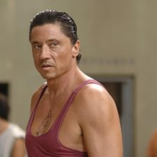 Carlos Bardem in un'immagine del film Cella 211