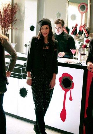 Vanessa Abrams (Jessica Szohr) in una scena dell'episodio Inglourious Basstards di Gossip Girl