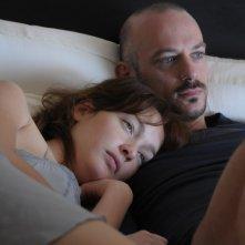 Cristiana Capotondi e Filippo Nigro in una scena del film Dalla vita in poi