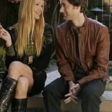 Kelly Lynch e Ryan Eggold in un momento dell'episodio Another Another Chance di 90210