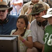 David Nixon e Patrick Doughtie con Bailee Madison e Tanner Maguire sul set del film Letters to God