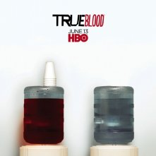 Un nuovo teaser poster della Stagione 3 di True Blood