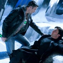 Metallo (Brian Austin Green) faccia a faccia con The Blur (Tom Welling) nell'episodio Upgrade di Smallville