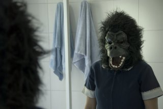 Catalina Saavedra in un'immagine inquietante del drammatico La Nana - The Maid