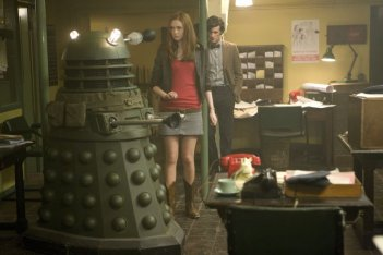 Doctor Who: Matt Smith e Karen Gillan in una scena della stagione 5