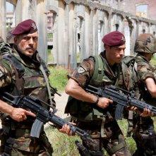 Un'immagine degli ufficiali coinvolti nella Operazione 12 Apostoli nel film Le ultime 56 ore