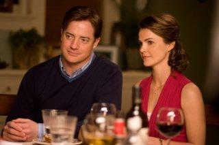 Brendan Fraser e Keri Russell nei panni dei coniugi Crowley nel film Extraordinary Measures
