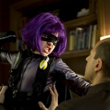 Hit-Girl (Chloe Moretz) in azione nel film Kick-Ass