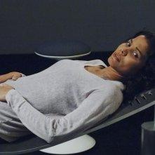 Lourdes Benedicto nell'episodio We Can't Win di V, remake di Visitors