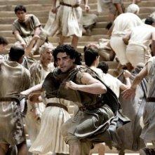 Oscar Isaac in una scena del film Agora