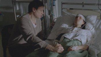 Michael Nyqvist e Noomi Rapace in una scena del film La regina dei castelli di carta