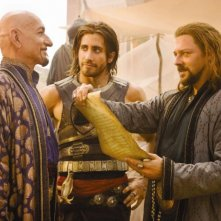 Ben Kingsley, Jake Gyllenhaal e Richard Coyle nel film Prince of Persia: Sands of Time