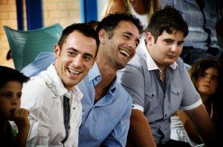 Elio Germano, Raoul Bova e Marius Ignat in una scena del film La nostra vita