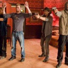 Idris Elba, Chris Evans e Columbus Short nel film The Losers