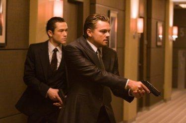 Un'immagine di Leonardo DiCaprio e Joseph Gordon-Levitt in Inception