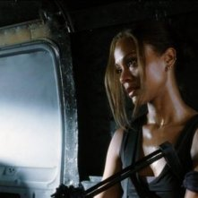 Zoe Saldana è Aisha, protagonista dell'action movie The Losers
