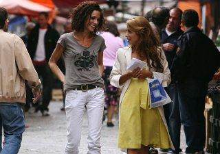 Giulia Michelini e Simona Cavallari in una scena della serie Squadra antimafia - Palermo oggi 2