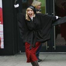Ugly Betty: Ashley Jensen in una scena dell'episodio London Calling