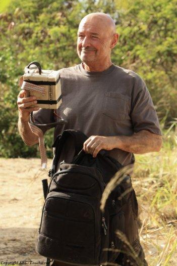 Terry O'Quinn nell'episodio The Cadidate di Lost