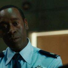 Don Cheadle in un'immagine del film Iron Man 2