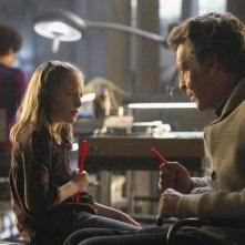 Fringe: John Noble e Lily Pilblad nell'episodio Brown Betty