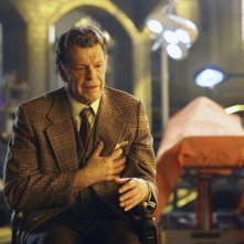 Fringe: John Noble nell'episodio Brown Betty