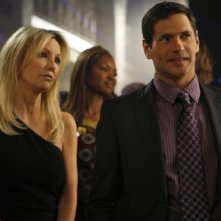 Melrose Place: Thomas Calabro e Heather Locklear nell'episodio Santa Fe