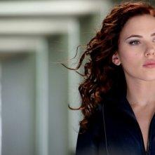 Primo piano di Scarlett Johansson dal film Iron Man 2