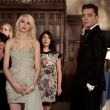 Taylor Momsen e Ed Westwick in una scena dell'episodio It's a Dad, Dad, Dad, Dad World di Gossip Girl