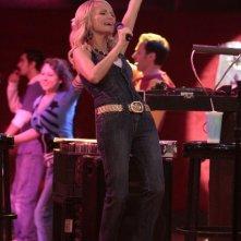 Kristin Chenoweth nell'episodio Home di Glee