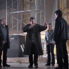 Fringe: Anna Torv e John Noble nella prima parte del finale della stagione 2
