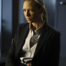 Fringe: Anna Torv nell'episodio Northwest Passage