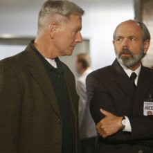 Gibbs (Mark Harmon) e l'Agente dell'FBI: T.C. Fornell (Joe Spano) nell'episodio Moonlighting di NCIS