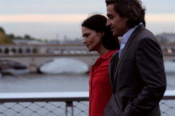 Chiara Caselli e Louis-Do de Lencquesaing in una scena del film Le père de mes enfants (2009)