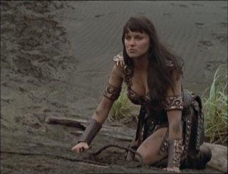 Lucy Lawless in Xena e il ritorno di Callisto, episodio di Xena principessa guerriera
