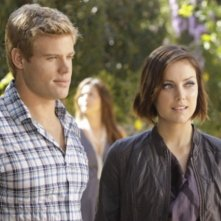 90210: Trevor Donovan e Jessica Stroup nell'episodio Meet The Parent