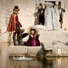 Doctor Who: Helen McCrory ed Alex Price in una scena dell'episodio Vampires of Venice