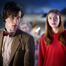 Doctor Who: Matt Smith e Karen Gillan in una scena dell'episodio Flesh and Stone