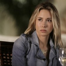 Gillian Zinser nell'episodio Multiple Choices di 90210