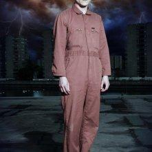 Iwan Rheon è Simon in una foto promozionale di Misfits