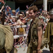 James Badge Dale, Jacob Pitts, e Keith Nobbs nella miniserie The Pacific