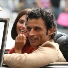 Enrico Lo Verso e Anna Safroncik nel film La bella società