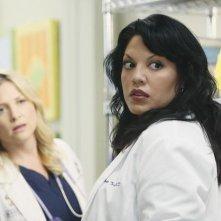 Grey's Anatomy: Sara Ramirez e Jessica Capshaw nell'episodio Sanctuary