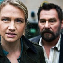 Johan Kylén e Tanja Lorentzon indagano nel film La regina dei castelli di carta
