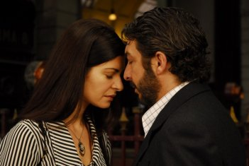 Soledad Villamil e Ricardo Darín in un'immagine del film Il segreto dei suoi occhi