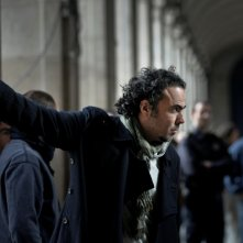Alejandro Gonzalez Inarritu sul set di Biutiful