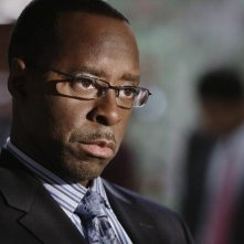 FlashForward: Courtney B. Vance nell'episodio Course Correction